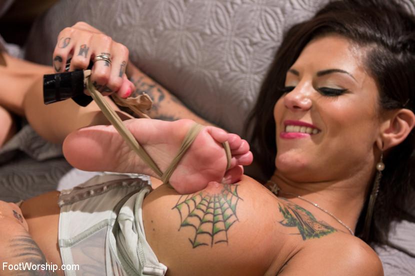 Bonnie rotten fetish Bonnie Rotten Fetish Top Porn Images Comments 1