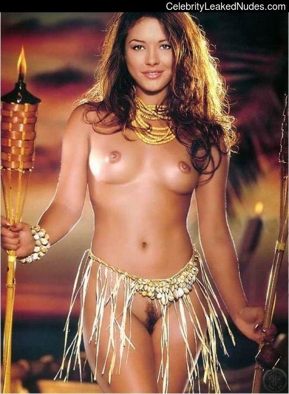 Jones catherine naked zeta Yahoo ist